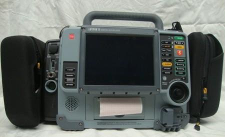 Lifepak 15 bifázisos defibrillátor - 2010